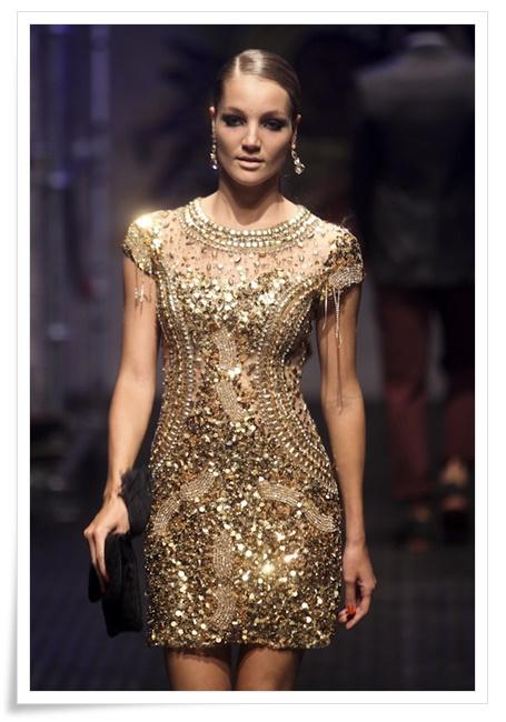 Vestido-Patrícia-Bonaldi-na-passarela-do-desfile-Daslu